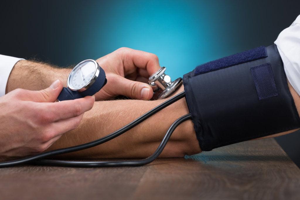 Что делать при высоком артериальном давлении - практические советы