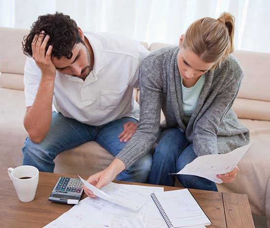 Влезать в бесконечные кредиты